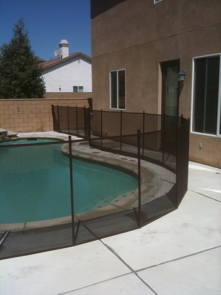Safest Pool fence has a Pool Gate